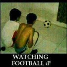 Watching football - Funny peoples