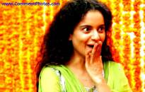 Queen Kangana Ranaut Wondering